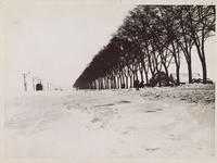 WAT001017059 Winter 1940, de elektrische tram had veel moeite om door de sneeuw te komen.Baanvak ...