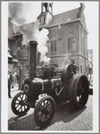 WAT001017064 Opening Engelse week.De Venhuizenaar R. van Deventer was, speciaal vanwege de opening van de Engelse week, ...