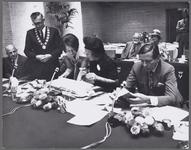 WAT001017472 Taborkerk. Werkbezoek H.K.H. Prinses Beatrix en Prins Claus aan Purmerend. Toespraak van M.J. Boelse, ...