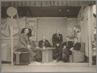 WAT001017489 Comité Purmerend Marktstad. Tentoonstelling.Foto v.l.n.r.; dr. Postema, J. Lieuwen,, N.J.Velseboer, ...
