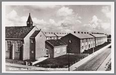 WAT002000395 Gereformeerde Kruiskerk in de Molenbuurt te Wormer. Het gebouw is in 1952 gebouwd. Ontworpen door ...