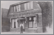 WAT002000399 Café Landzicht met in het midden Jan Kramer Kz. (1904)