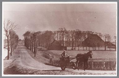 WAT002000634 Bakker Duits met zijn paard en wagen in de Wijde Wormer, opvolger van bakker Gerrit Heijne.