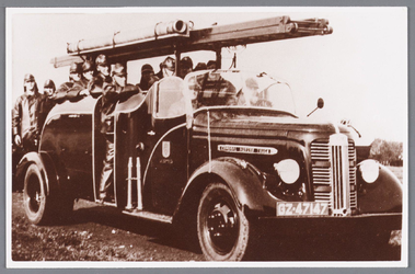 WAT002000658 De nieuwe autospuit, de beste spuit van het Zaanse land kwam op 13 mei 1939 in dienst. In de oorlogsjaren ...