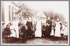 WAT002000695 Een groepsfoto uit 1915.