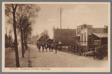 WAT002000843 Gasfabriek omstreeks 1920 en links woning directeur Hendrik Jan Loggers (1879)