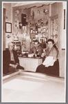 WAT002001071 Café Matje , van Josje Maas. met v.l.n.r. de heer van Dijk, Reier Groot met zijn vrouw Jos Groot-Maas.