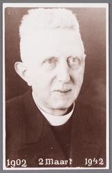 WAT002001345 Pastoor Willem Hermanus van Kooij, geboren op 23 juli 1884 te Haarlem, pastoor van 11 februari 1929 tot 31 ...