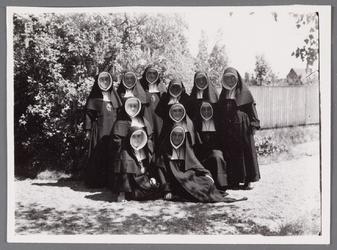 WAT002001368 Groep nonnen.