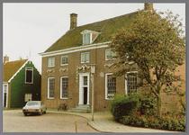 WAT002001523 Het oude raadhuis, gebouwd als koopmanshuis omstreeks 1660.Vanaf 1818 in gebruik genomen als raadhuis.In ...