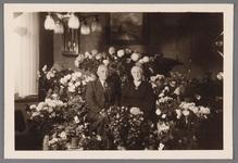 WAT002001572 Bode van het raadhuis.Simon ( Siem) Beek (1883) en zijn vrouw Dieuwertje (Dieuw) Schuitemaker (1885)
