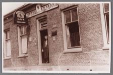WAT002001677 Maartje Dekker (geboren in 1875) weduwe van Jacob Kleijmeer / Kleimeer, eigenaresse van het Moriaanshoofd, ...