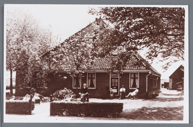 WAT002001928 Boerderij van Ate de Leeuw , laatste boerderij richting Jisp