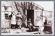 WAT002002045 Catharina Oudt-Korver (meisjesnaam Catharina Korver, geboren in 1889 te Jisp) en Elisabeth Korver-Tamis ...