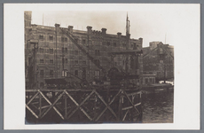 WAT002002138 Vernieuwing van de Zaanbrug, met op de achtergrond De Zaanbrug, met daarachter v.l.n.r.; 'Silo' ( ook wel ...