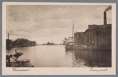 WAT002002314 De Zaan, met rechts Stoomoliefabriek ''De Liefde'' van Simon Prins. De fabriek werd in 1852 in gebruik ...