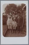 WAT002002374 Familie Hellenaar – OfmanFoto achterste rij v.l.n.r; Marie Hellenaar, Stijntje Ofman en haar man Jan ...