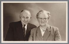 WAT002002677 Klaas de Ruiter met Antje Smit- Nool (meisjesnaam, Antje Nool, geboren op 18-06-1892 te Jisp)