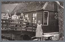WAT002002733 Gastdag in het Oostend, mevrouw Grietje Slooten-Dinkla (meisjesnaam Grietje Dinkela, geboren op 23-09-1871 ...