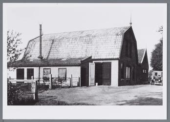 WAT002002873 Pand links; kaasfabriek ''NOOITGEDACHT'' Fabriek is opgericht op 13 november 1922 door de heren K.Plas, ...