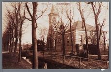 WAT002002935 Rechts voor: de pastorie van Etersheim, Etersheim nummer 9, daarnaast staat de Kerk van Etersheim, ...