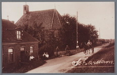 WAT002002943 Hervormde kerk Schardam.De eerste eredienst in de voormalige Hervormde kerk in de Nederlandse plaats ...
