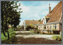 WAT002002948 Stolpboerderij aan het Westeinde te Oosthuizen.