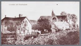 WAT002002985 Beemsterringvaart met rechts de Nederlandse Hervormde Kerk van Oosthuizen, Raadhuisstraat nummer 61.