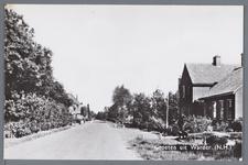 WAT002003122 Rechts zien we de Coop. Zuivelfabriek Warder, de eerste steen is gelegd door H.Middelbeek Dz. op 11 april ...