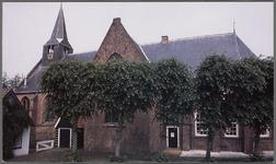 WAT002003131 Kerk van Beets.De kerk van Beets is een laatgotische, eenbeukige kruiskerk gelegen aan de Beets 51 in het ...