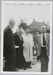 WAT001017995 De officiële openingbejaardentehuis De Keern , o.a. K. Goede, mevr. Wieberdink, Architect van Gogh en ...