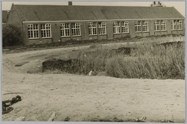 WAT001018221 De Openbare lagerschool Ds. J.L. de Wagemakerschool op achtergrond.Een stukje geschiedenis Onze ...
