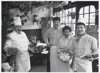WAT003002742 De heren H. Bak en D. Oosterbaan jr. opende op 10 maart 1989 een Italiaanse eethuis 'I due Fratelli', aan ...