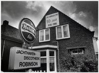 WAT003003635 Jachthaven en discotheek Robinson. Eigenaar Jaap Hartog.