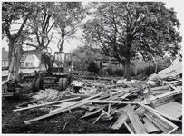 WAT003003681 Huis gesloopt maar de Kastanje bleef gespaard.