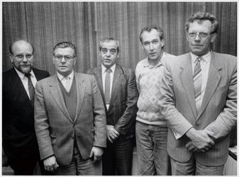 WAT003003909 Huldiging FNV leden.Foto eerste van rechts: v.d. Lee uit Ilpendam.Tweede van rechts: Cor Tromp uit Ilpendam.