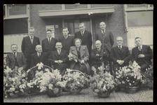 WAT003004467 Foto tweede van links: de heer Hendrik Jan Peppelman, bedrijfsleider en secretaris penningmeester van ...