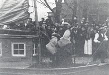 WAT006003103 Met Sinterklaas aan boord van de Postduif(Uit: -De Waterkampioen' 14e jaargang nr. 711. 7 dec. 1940)Met ...