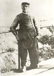 WAT006003410 De foto dateert van rond het jaar 1906. De afgebeelde man op de beun bij de haven is Thames Tol, Gatje ...