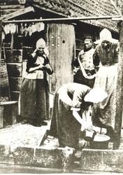 WAT006004421 1. Klaas Veerman (Klaas van dikke Piet), vissersknecht, geboren op 11-12-1852 te Volendam, overleden op ...