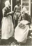 WAT006004424 1. Het meisje zou kunnen zijn Grietje Mol (van Klaas van Sans), geboren op 24-04-1880 te Volendam, ...