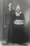 WAT006004655 Wilhelmus J. Steur, bouwkundig tekenaar, geboren op 12-03-1919 te Volendam. Was 2e secretaris van ...
