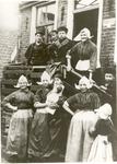 WAT006004853 Doolhof 1.Onderaan links zien we Jannetje Steur (Jannig van Rembrandt), geboren op 27-05-1872, overleden ...
