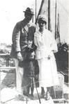 WAT006004878 De kunstschilder Georg Wilhelm Richard Hering met naast hem zijn echtgenote Pauline Spaander en hun ...