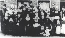 WAT006004885 Jacob Zwarthoed (Japie Kil), visser, geboren op 12-01-1876 te Volendam, overleden op 02-08-1954 te ...