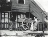 WAT006000684 Café Mastenbroek aan de dijk. Hier woonde en werkte Piet Mastenbroek en voor hem ook zijn vader Willem ...