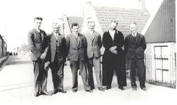 WAT006003877 Links± Schilder. Heintje van Madoet. Hendrik Schilder (Hein van Madoet), timmerman, geboren op 29-07-1908 ...