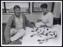 WAT003006525 Wil en Wim Broek met teruggevonden hond