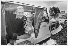 WAT003007181 Opa D. van Miltenburg met kleinzoon Jeroen Vermeulen