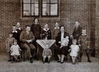 WAT120000908 Gezin. (E138E).Arnoldus Johannes Mûhren,, geboren 05-10-1886 te Alkmaar, overleden, zoon van Johannes ...